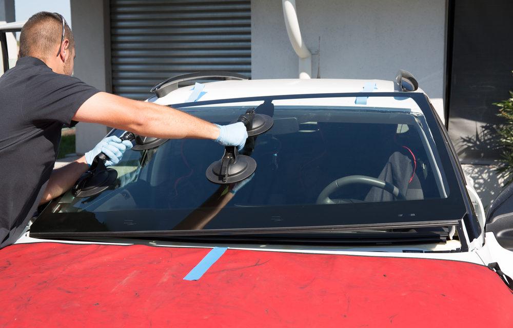 ตระหนักถึงประโยชน์ของการเปลี่ยนกระจกรถยนต์