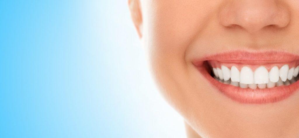 การศึกษา: สุขภาพช่องปากเป็นบรรทัดแรกในการดูแลสุขภาพผู้สูงอายุ